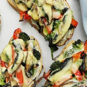 Tartine champignons, poivron grillé et brocoli