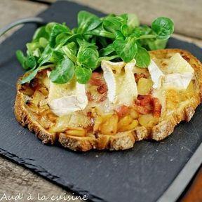 Tartine normande aux pommes et camembert