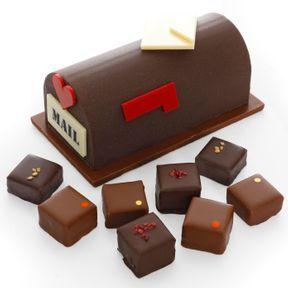 Moulage collector boîte aux lettres garni de bonbons, l'atelier du chocolat, nouveauté 2019