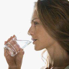 Préférez l'eau aux autres boissons