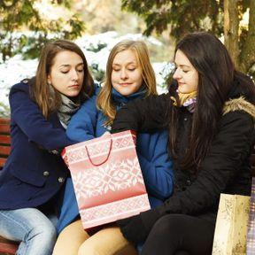 Les cadeaux entretiennent l'amitié