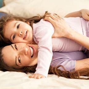 Ne pas serrer votre conjoint ou vos enfants dans vos bras
