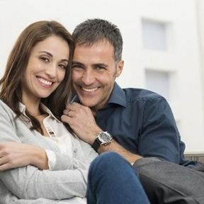 Les personnes en couple ressentent moins la douleur