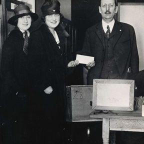 1903 : Naissance du mouvement des suffragettes