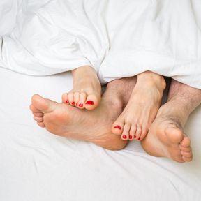 Dans la population hétérosexuelle, hommes et femmes présentent les mêmes risques de contamination