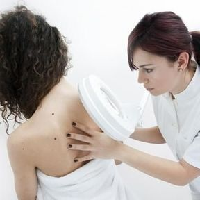 Qu'est-ce que la dermatoscopie ?