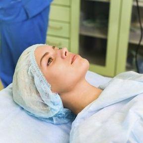 La pose du DIU ne nécessite pas une intervention chirurgicale