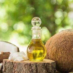 Traitant : de l'extrait d'huile de coco