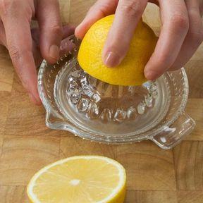 Quelques gouttes de jus de citron