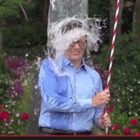 Ice Bucket Challenge : les stars se mouillent pour la SLA