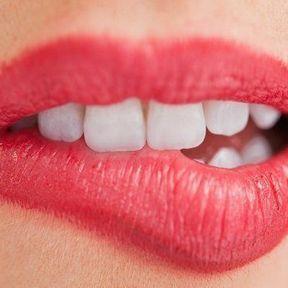 Une bouche sensible