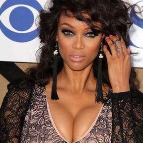 Les seins de Tyra Banks