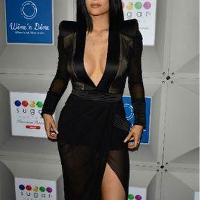 Les seins de Kylie Jenner