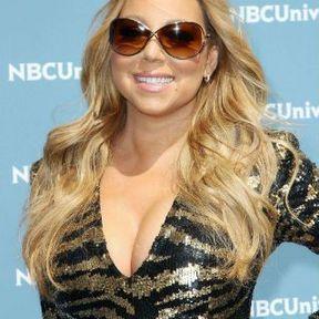 Les seins de Mariah Carey