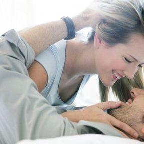 Mythe 2 : S'ils n'ont pas d'érection c'est que leur partenaire ne les excite pas