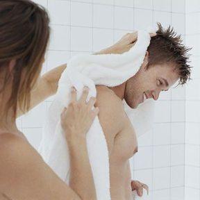 Prendre la douche à deux
