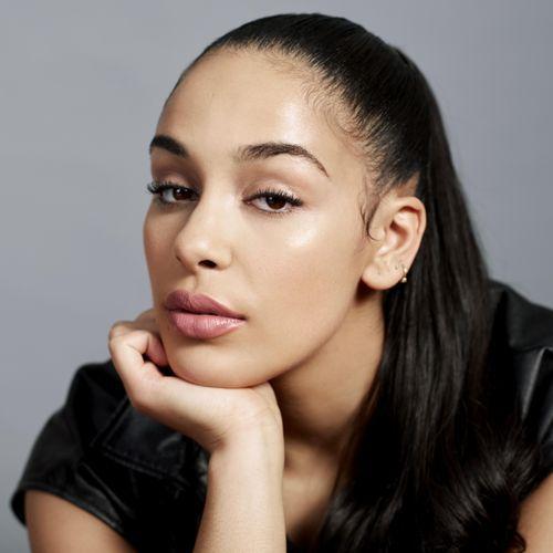 Jorja Smith est la nouvelle ambassadrice make-up pour Dior