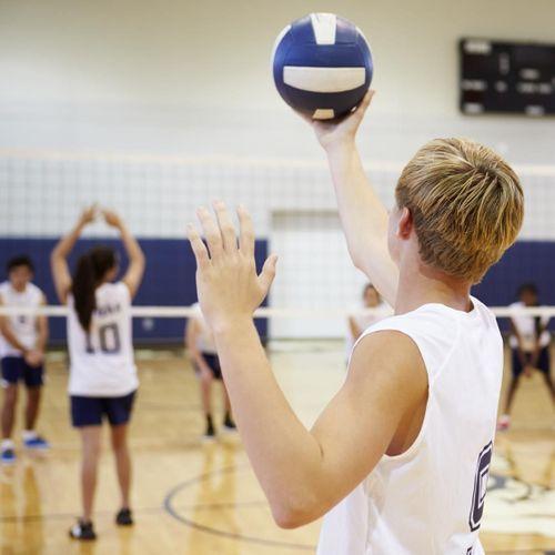 Les ados plus sportifs seraient-ils meilleurs en classe ?