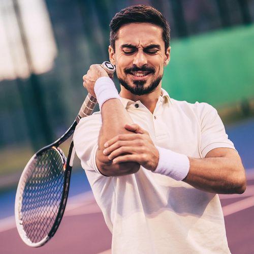 Une nouvelle méthode non-invasive pour guérir le tennis elbow