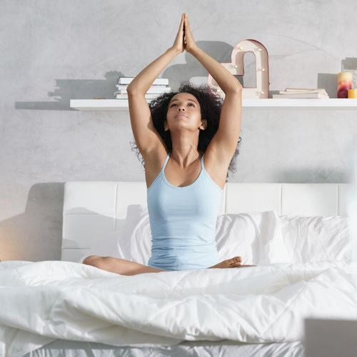 Une étude confirme les bienfaits du yoga pour soigner les douleur au dos et les troubles du sommeil