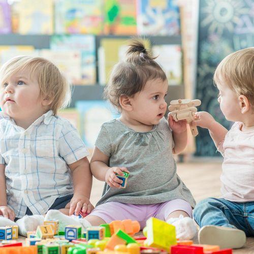 Bébés génétiquement modifiés : un moratoire pour éviter de nouvelles dérives ?
