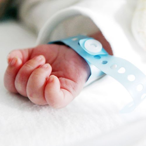 """""""Bébés nés sans bras"""" : toujours pas d'explications"""