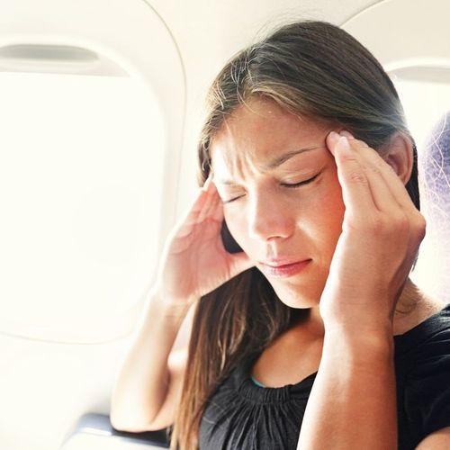 La lumière verte pourrait dompter la migraine
