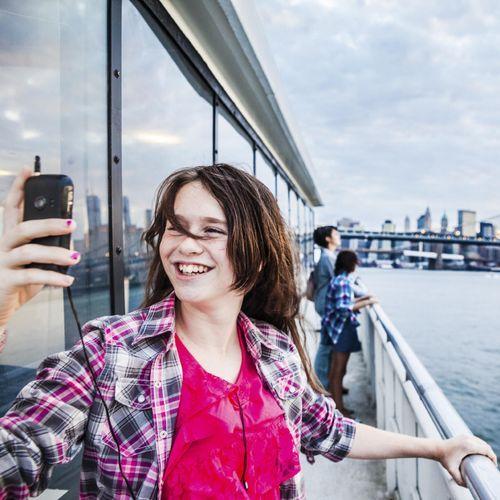 Poster des selfies sur les réseaux sociaux augmente le risque de développer des troubles alimentaires