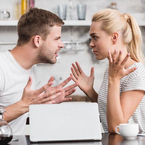 Comment les couples heureux se disputent-ils ?