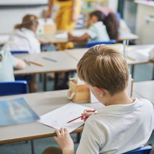 Harcèlement scolaire : une adolescente de 11 ans met fin à ses jours