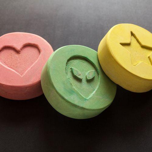 Le principe actif de l'ecstasy rend plus coopératif mais pas moins méfiant