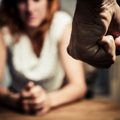 Les violences conjugales nuisent à la vie professionnelle des victimes