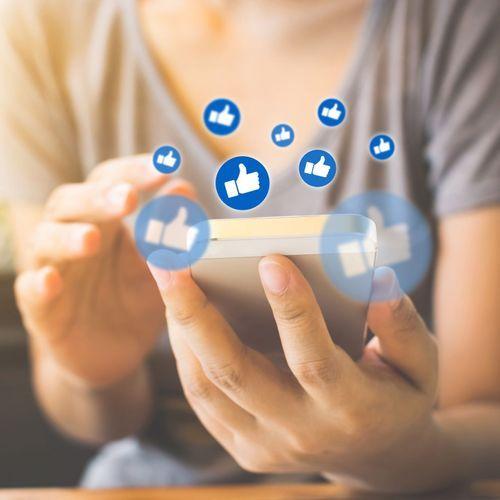 Un usage abusif des réseaux sociaux pourrait favoriser la dépression chez les ados