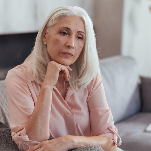 Santé mentale : les seniors et les chômeurs pas assez protégés