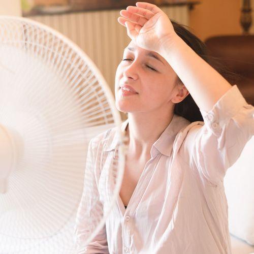 Canicule : dormir avec un ventilateur comporte des risques pour les personnes allergiques