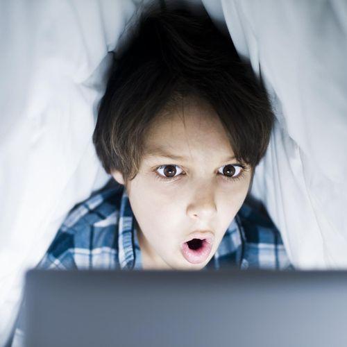 Londres va instaurer un contrôle obligatoire de l'âge sur les sites pornographiques